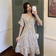 实拍 碎花雪纺连衣裙女装韩版收腰显瘦中长款A字短袖裙子