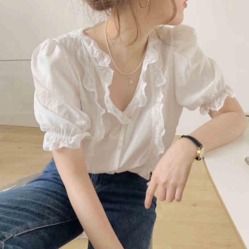 设计感小众轻熟风上衣韩版气质宽松百搭蕾丝花边V领短袖白衬衫女