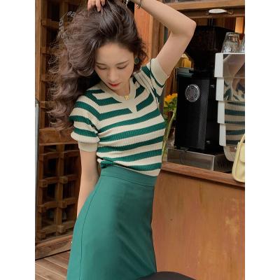 法式复古条纹冰丝针织衫女夏日短款修身显瘦弹力T恤上衣