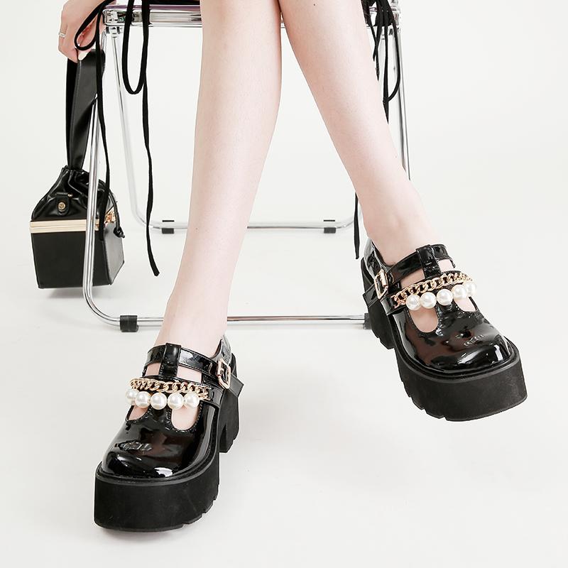 粗跟厚底检糕漆皮珍珠单鞋34-40码