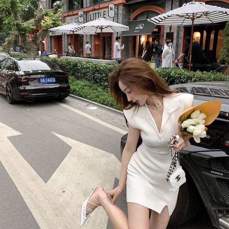 简简单单很气质/2021夏新款纯色高弹针织无袖开叉连衣裙