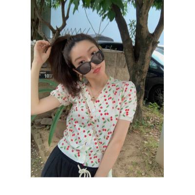 小宜定制vintage香香子v领短袖t恤女夏季小众打底衫条纹上衣