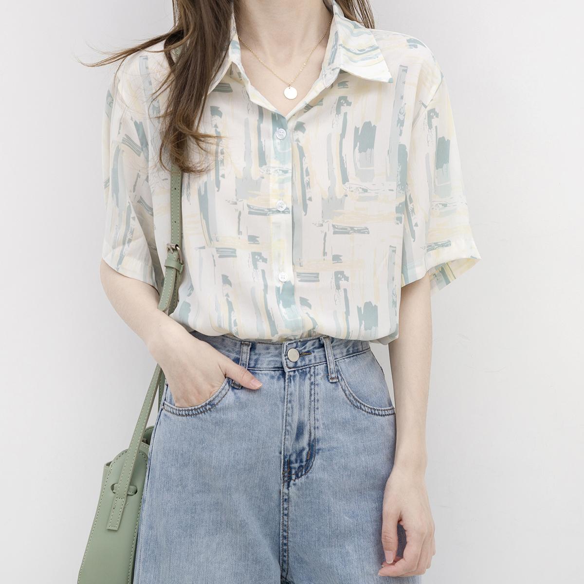 设计感小众短袖衬衫女夏复古港味宽松百搭衬衣
