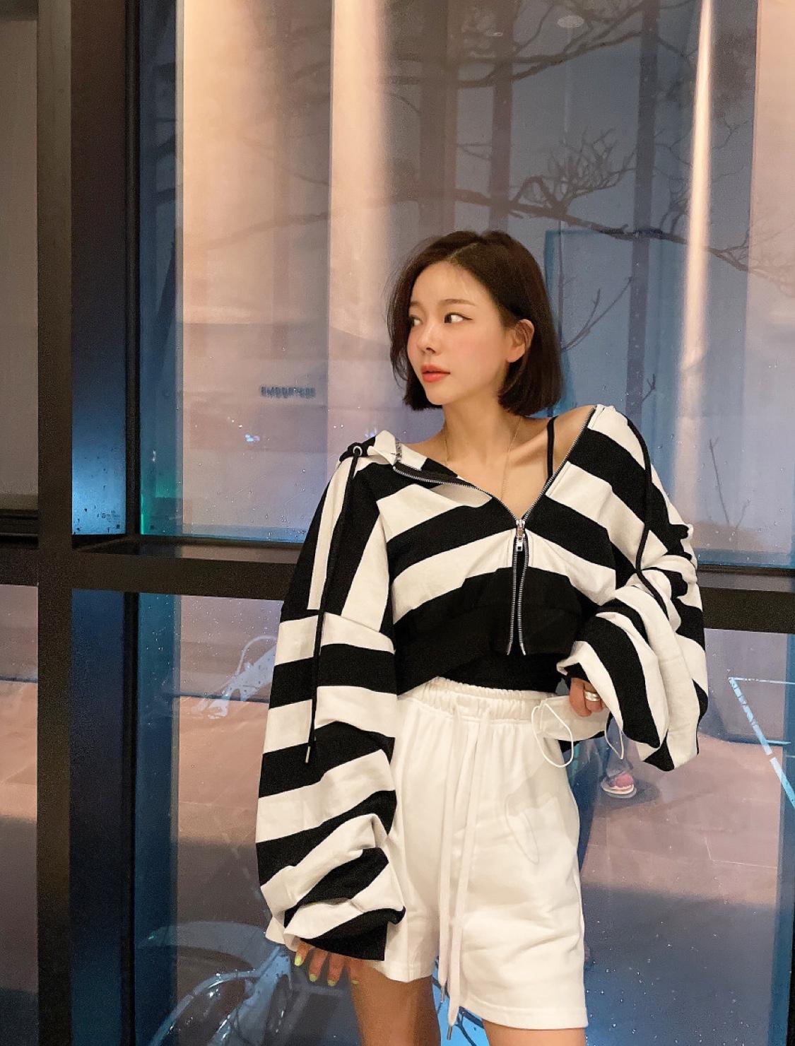 韓國東大門秋季新款寬條紋薄款小個子外套連帽短款上衣