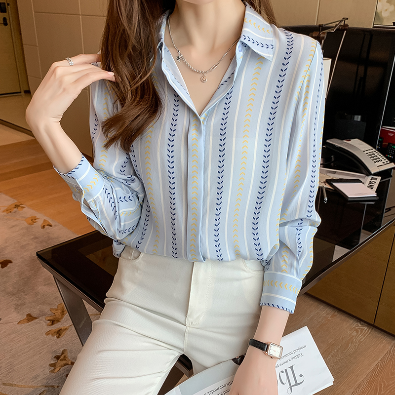 实拍2021秋季新款衬衫女长袖 气质洋气减龄撞色竖条纹桑蚕丝衬衣