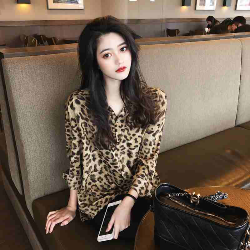 复古豹纹雪纺衬衫女新款2021年薄款设计感小众防晒polo领上衣