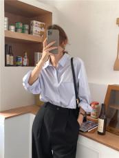实拍实价 韩版经典纯色百搭长袖蓝色衬衫 现货