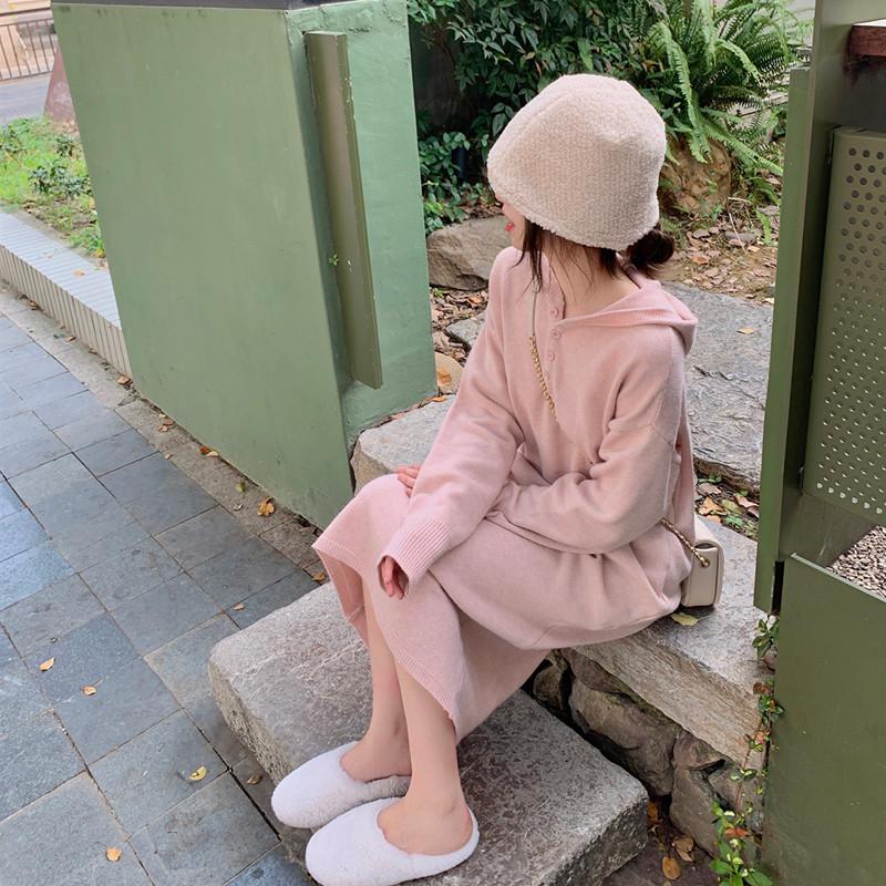 珍珍家 針織連衣裙女2021秋季新品連帽純色衛衣裙打底中長款裙子