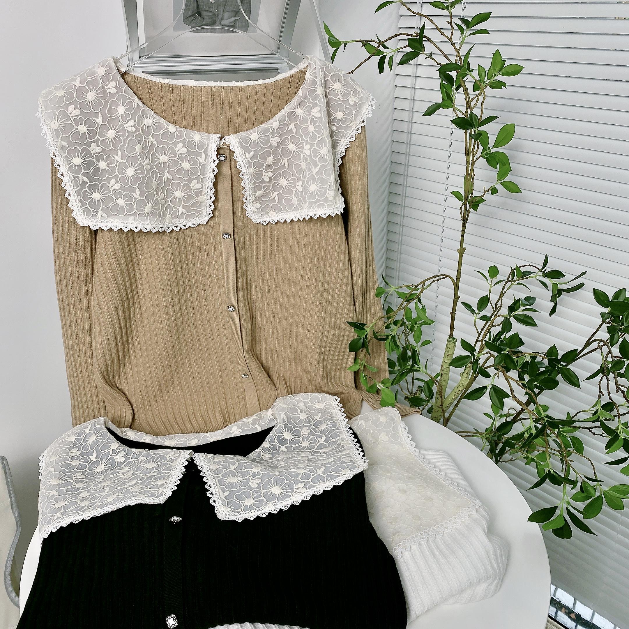 实拍D&ONE2021秋季新款蕾丝钩花披肩领甜美百搭长袖针织衫