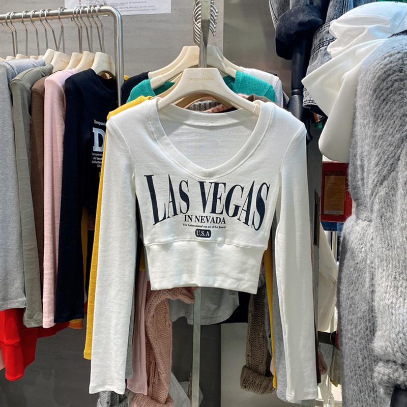 特价1571#官图实价  2021秋季新款设计感V领字母修身短款小衫T恤