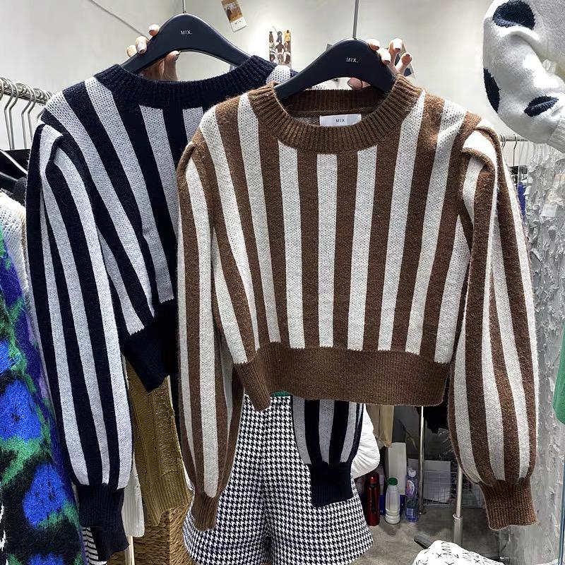 韓國東大門秋冬款豎條紋拼色泡泡袖寬松收腰顯瘦短款別致針織毛衣