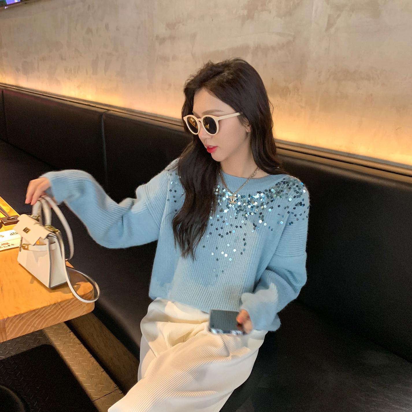 6度2021年初秋新款日系甜美设计感亮片毛衣女生蓝色别致针织上衣