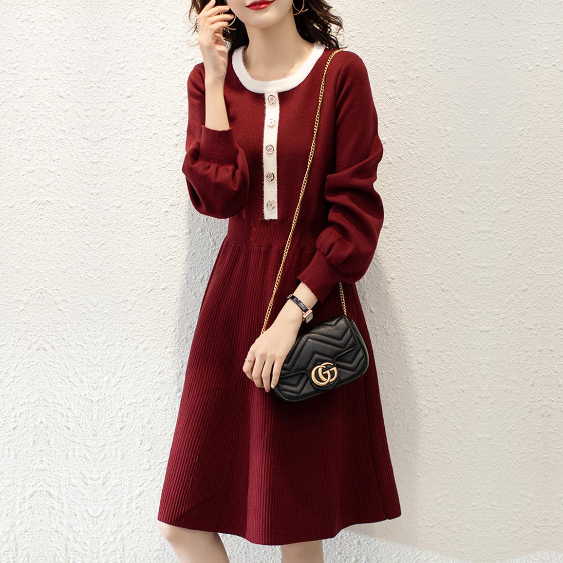 針織連衣裙女秋冬內搭修身復古顯瘦收腰氣質小個子A字打底毛衣裙