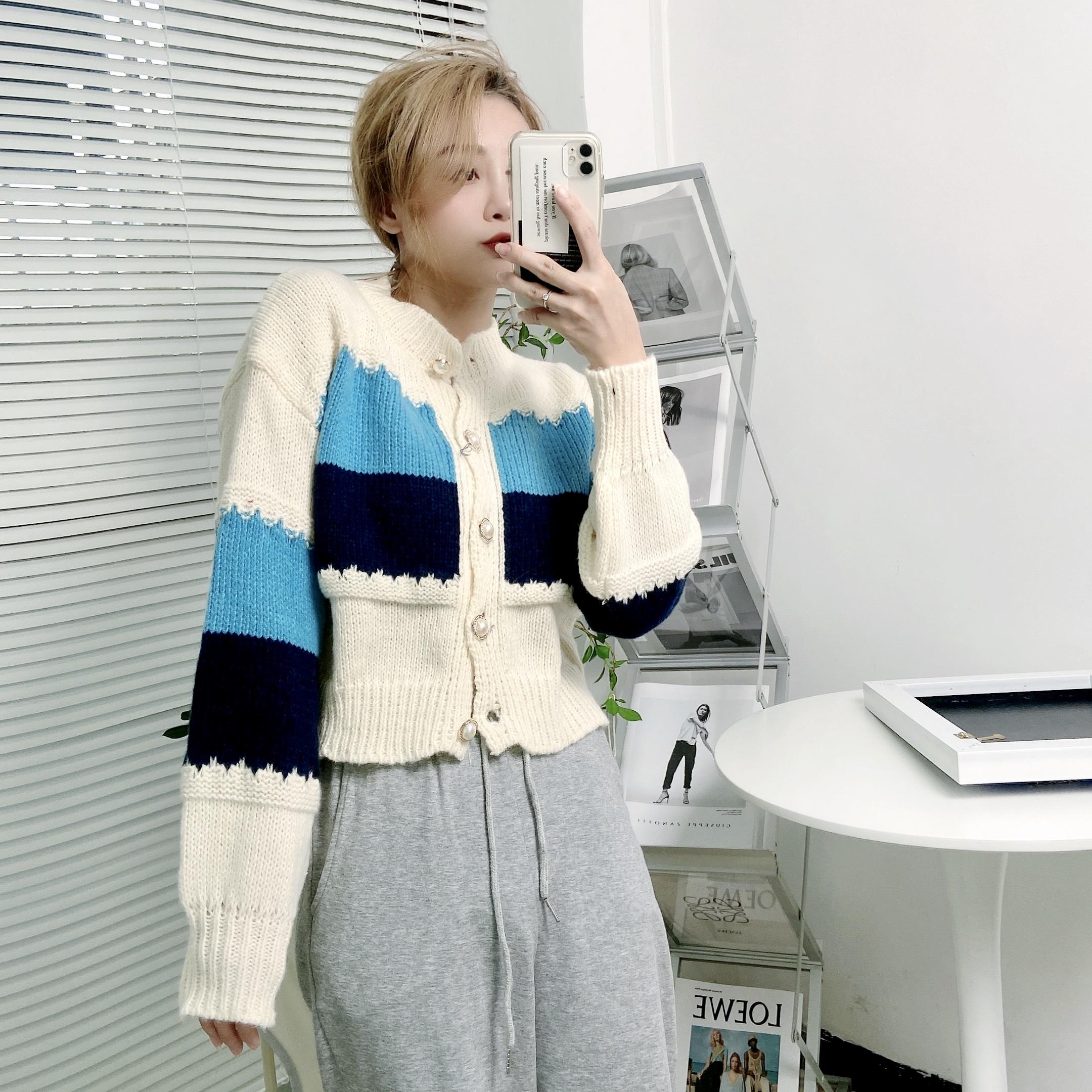 實拍D&ONE2021秋冬新款復古撞色條紋設計感短款針織開衫毛衣外套