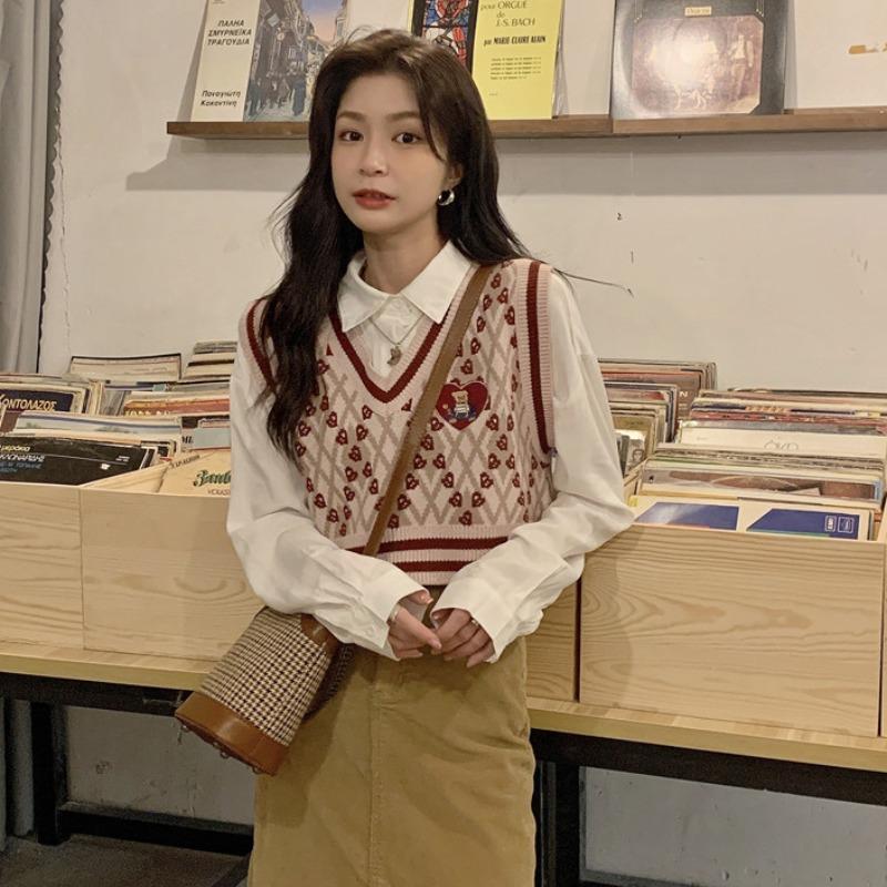 2021年秋季新款可盐可甜套装女韩版白衬衫毛衣马甲网红炸街女