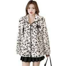 2021年秋冬季新款厚外套豹纹长袖夹克女装宽松毛绒外套韩版ins潮