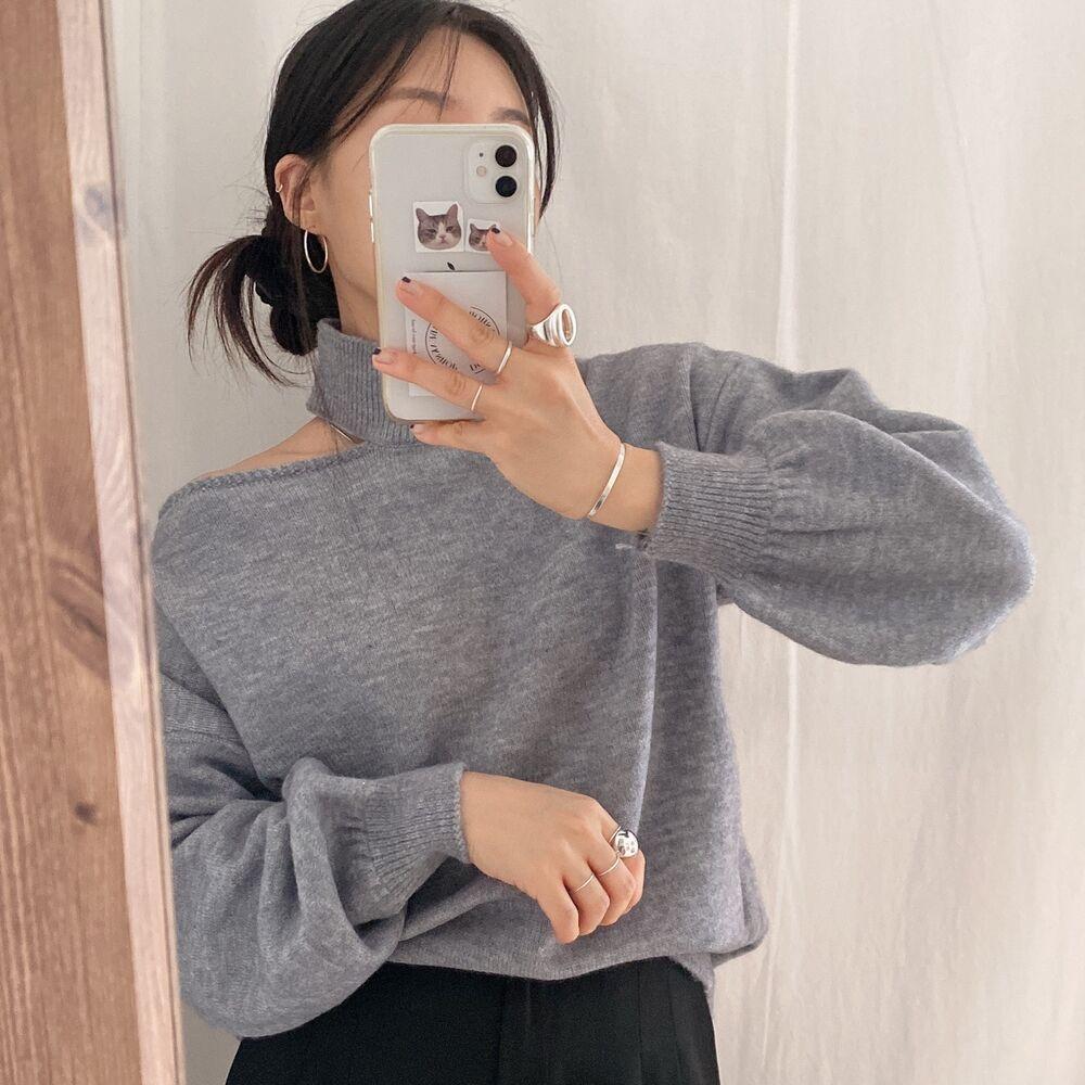 現貨~韓國ins設計感掛脖露肩慵懶法式性感寬松針織衫毛衣