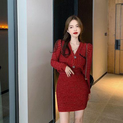 2021年冬季复古新款时尚圣诞冬裙网红爆款洋气红色长袖两件套装女