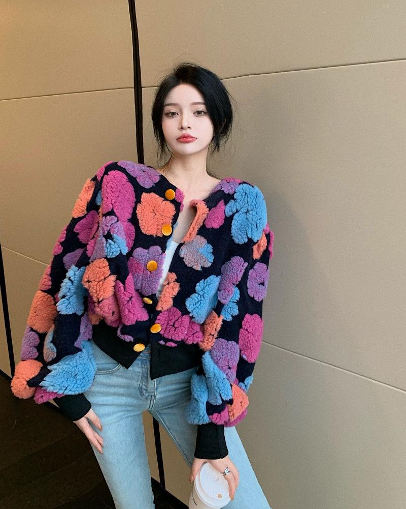 羊羔毛花朵開衫短款小外套女裝秋季2021年新款設計感小眾長袖上衣