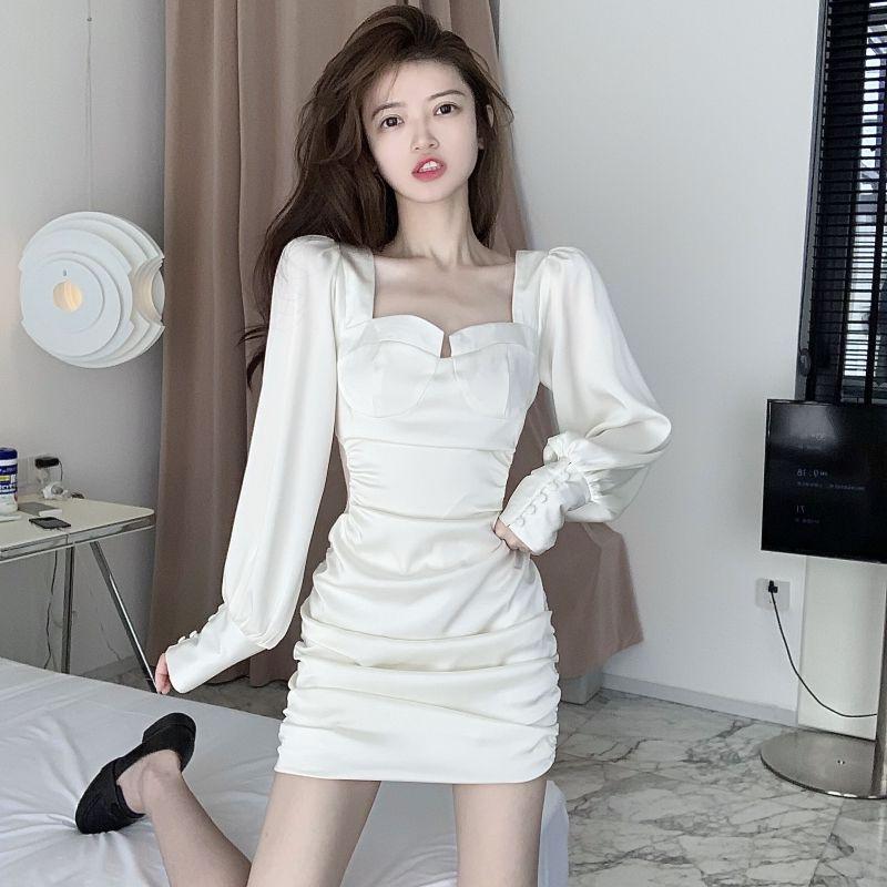 褶皱方领高腰长袖连衣裙女士秋季露背绑带镂空蕾丝拼接包臀短裙子