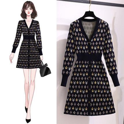 時尚氣質秋冬裝新款赫本風V領單排扣提花針織修身顯瘦毛衣連衣裙
