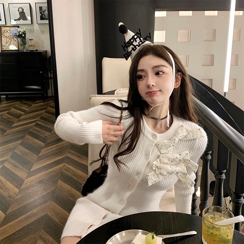DoggyQin 請吃蛋糕大姐姐/2021新款坑條紋蝴蝶結純色針織開衫裙