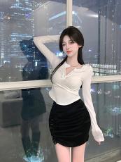 实拍实价性感v领修身纯欲风打底衫上衣+高腰修身抽褶半身裙短裙