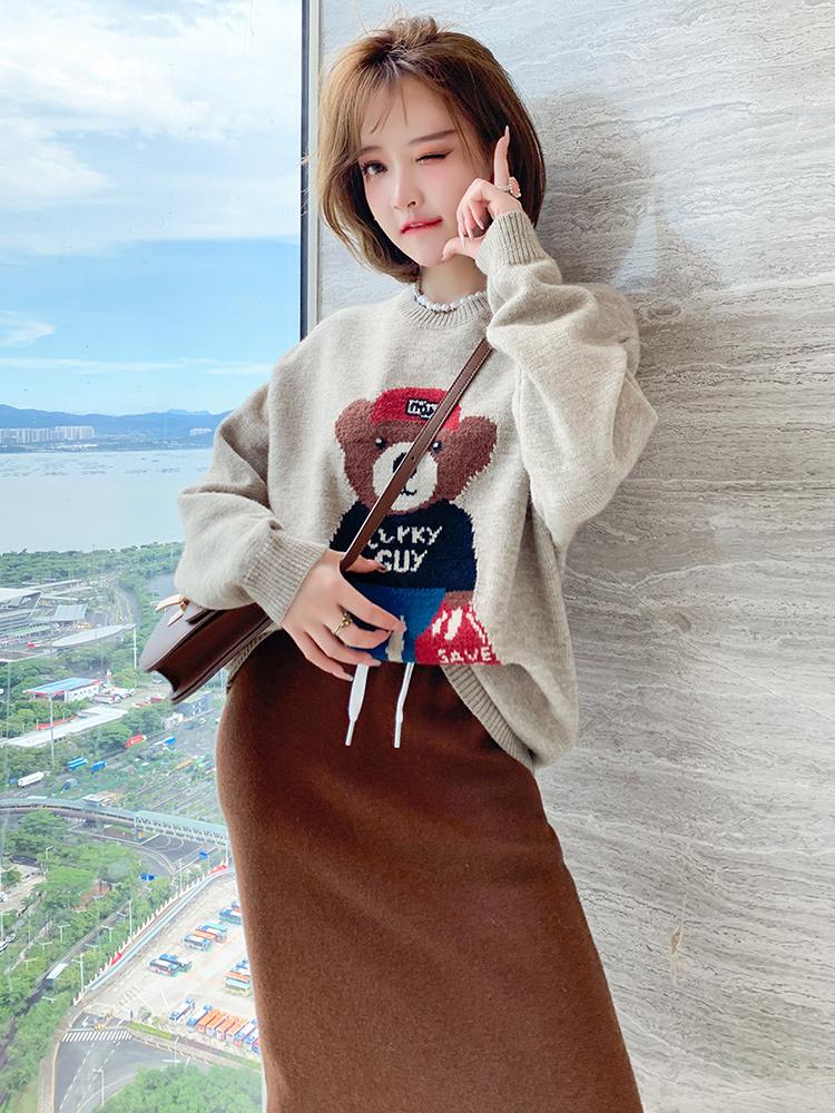 MIUCO可愛小熊提花大方圓領寬松遮肉顯瘦百搭毛衣女2021秋季新款